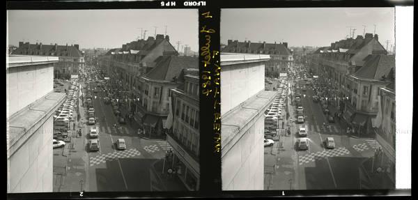 """""""4 vues prises sur toit de l'Hôtel de Ville – Place Jeanne Hachette"""""""