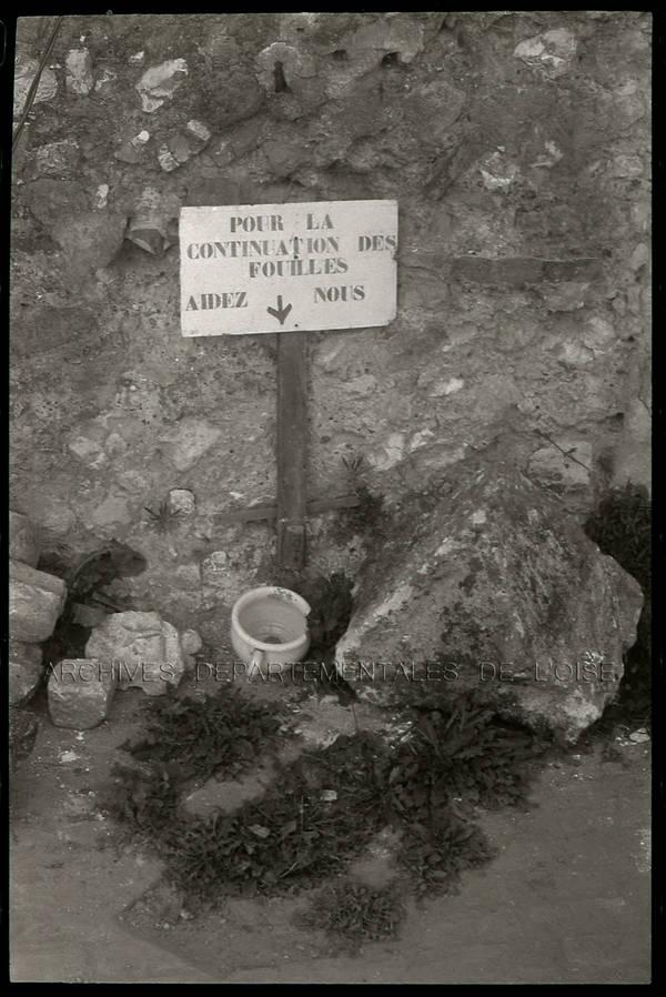 """Mur gallo-romain rue Beauregard"" ""Pastoureaux – rempart – escalier – etc."""
