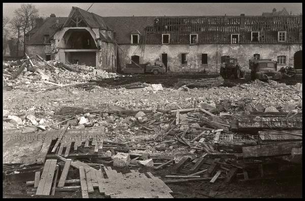 """Beauvais – Démolition Caserne Watrin"""