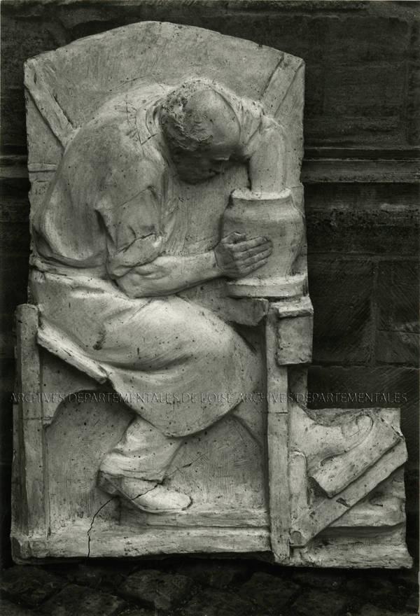 Plâtre de bas-relief au décor du potier au tour