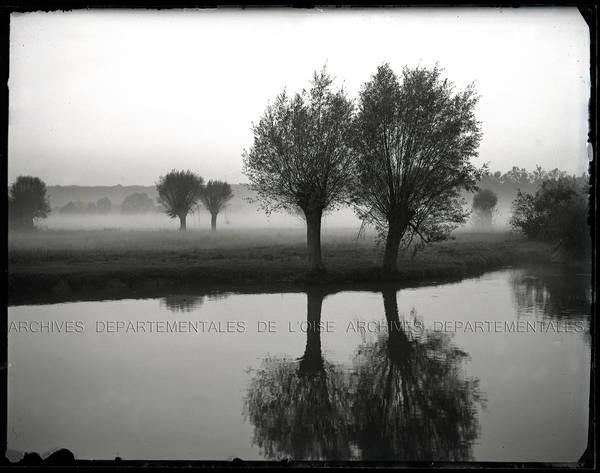 """""""Vues de rivière et brume"""""""